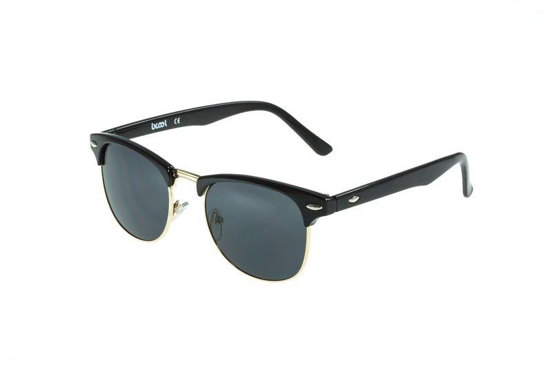 Γυαλιά ηλίου φθηνά - hotstyle.gr 25c47a48d7f